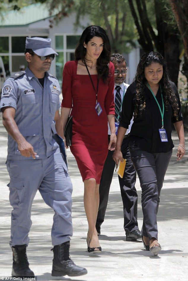 Amal Clooney continues fight to free former president Mohamed Nasheed #dailymail