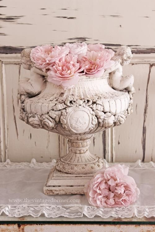 shabby chic...to the MAX!