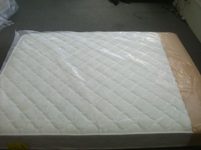 3mart - 5 Star Boston Double size Mattress ( new stock), $169 (http://www.3mart.com.au/5-star-boston-double-size-mattress-new-stock/)