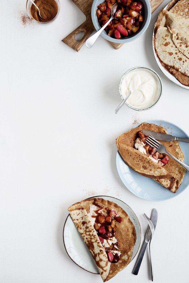 Pandekager med kanelstegte æbler