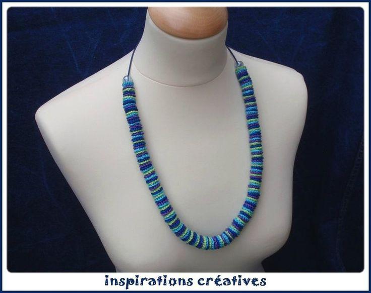 Collier multicolore au crochet