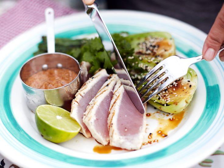 Tonfisk med grillad pak choy | Recept från Köket.se