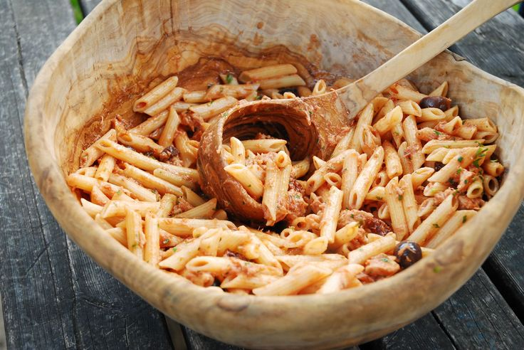 Pasta with Tuna and Cream Sauce