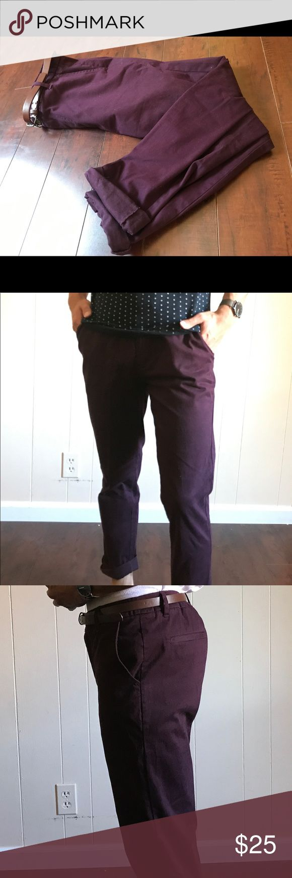 Burgundy chinos with bottoms cuffed with belt 21 men chinos. Good condition, worn them 1 and never liked them after. The bottom has a button that keeps them cuffed (rolled up look). Some what wrinkled. Dressy and comes with a brown slim belt. 21men Pants Chinos & Khakis