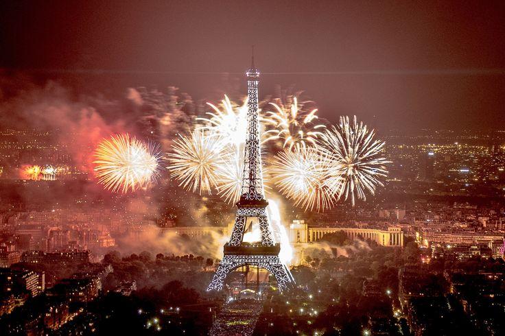 Ou regarder le feu d'artifice Paris: les 12 meilleurs endroits gratuits - http://bonplangratos.fr/ou-regarder-feu-d-artifice-paris