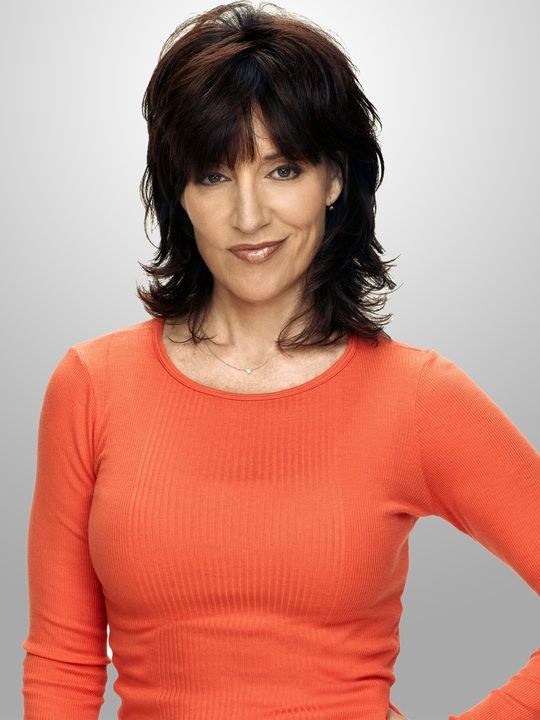 Google Image Result for http://images.zap2it.com/images/tv-EP00522727/8-simple-rules-katey-sagal-1.jpg