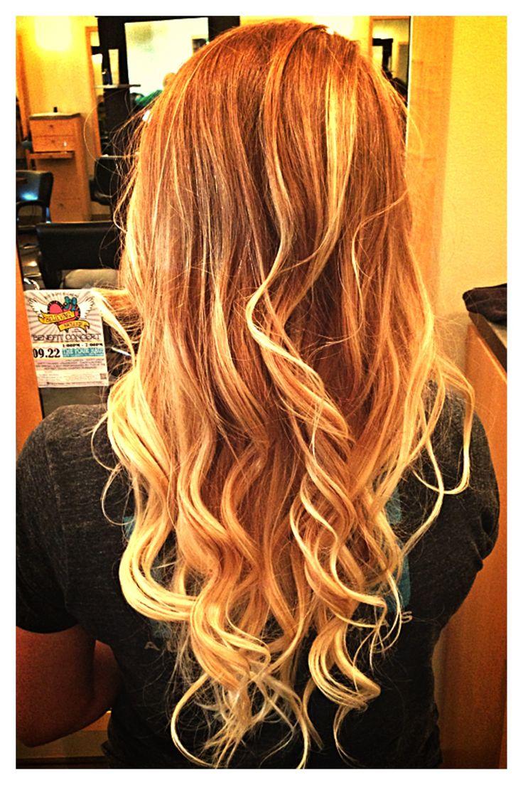 Blonde powerlocken
