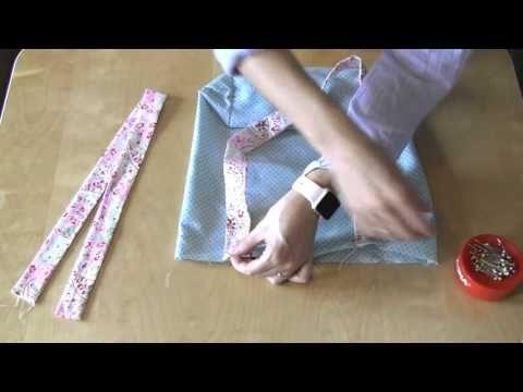 In deze video laat ik je zien hoe je op een makkelijke manier een leuke boodschappentas kunt maken. Het patroon kun je vinden op : www.KeperEnTwill.nl onder ...
