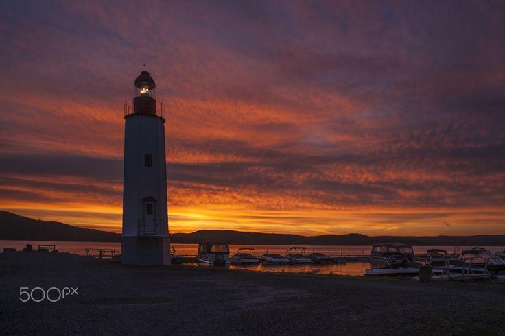 Cabano ligthhouse at dawn - Cabano lighthouse at dawn, Lake Temiscouata, Quebec