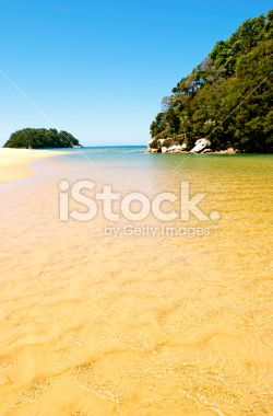 Kaiteriteri Inlet, Nelson, NZ (Shallow DOF) Royalty Free Stock Photo