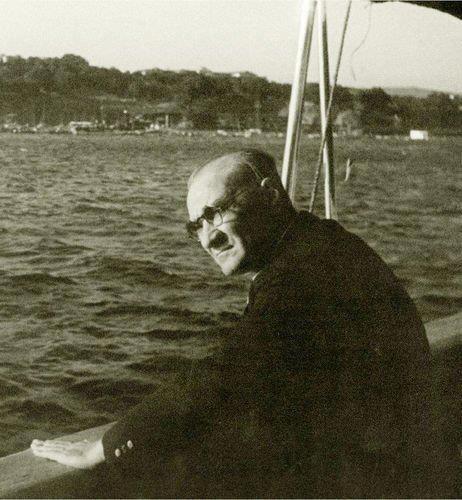 Gazi Mustafa Kemal Atatürk Savarona yatında Boğaziçi'nde turlarken 1937