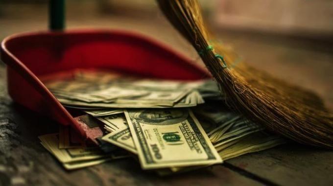 Il y a sûrement un tas de choses dans votre budget que vous pourriez supprimer complètement ou, au moins, réduire. Des p'tites dépenses qui s'additionnent et qui, à la fin du mois, font une grosse addition. Voici 19 choses dans lesquels vous gâchez sûrement votre argent : Découvrez l'astuce ici : http://www.comment-economiser.fr/choses-jetez-argent-par-fenetre.html?utm_content=buffer1b671&utm_medium=social&utm_source=pinterest.com&utm_campaign=buffer