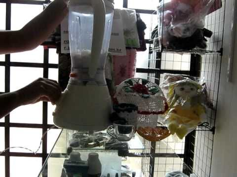 Resina caseira para endurecimento do crochê  Duas colheres de sopa de amido de milho (maisena) Um copo americano, ou seja, 200 ml de água limpa Quatro colheres de sopa de cola branca, geralmente cascorex, ou qualquer outra que seja própria para artesanato. Duas colheres de sopa de água limpa Uma colher de sopa de álcool líquido  Modo de preparo, acompanhe o video