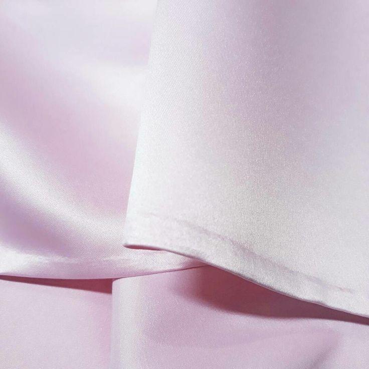 #details #workwithpatience #handmade #mylove #mywork #pink #satinskirt #mmstudioskirt #mmstudio #mmstudiocollection