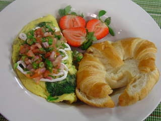 Sauted Baby Spinach Omelet #recipe from WLUK FOX 11 Living with Amy ...