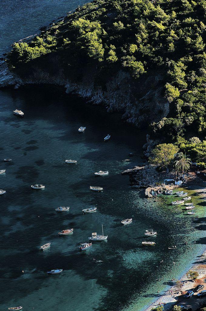 travelingcolors:  Samos Island   Greece (by Nicos Anastassiou)