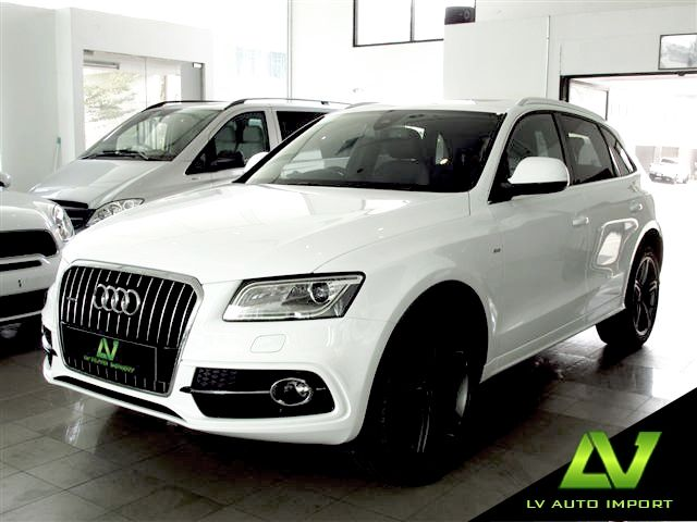Audi Q5 S line Plus 2.0 TFSI Quattro Tiptronic Exterior : Ibis White Interior : Black Leather