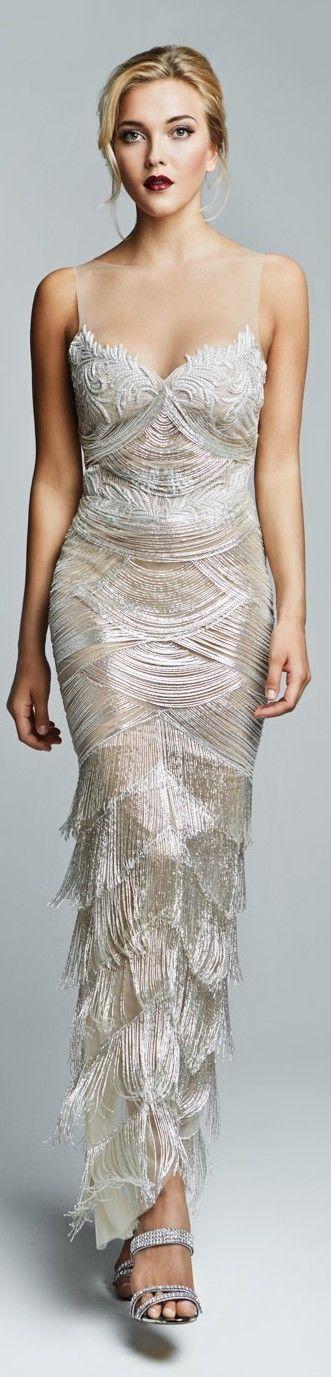 Vestidos de Noiva com Franjas | Mariée: Inspiração para Noivas e Casamentos → http://mariee.com.br/blog/vestidos-de-noiva-com-franjas