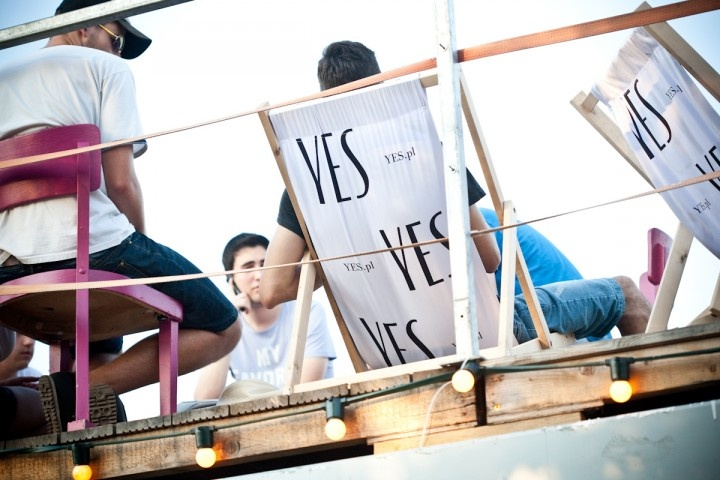 Indywidualizm i emocje – czynniki sukcesu współczesnego projektu w KontenerART, czyli warsztaty z Magdą Dąbrowską.  Więcej na http://yesismybless.com/indywidualizm-i-emocje-czynniki-sukcesu-wspolczesnego-projektu-w-kontenerart/
