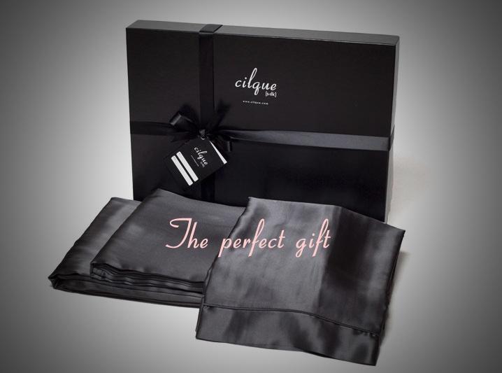 Perfect Christmas Gifts #silksheets #silkpillowcases #luxury