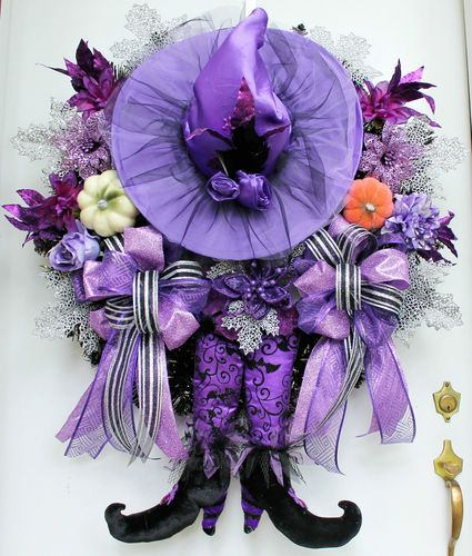 Cute Purple Witch Halloween Wreath - Halloween doesn't have to be all orange & black.
