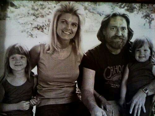 Willie Nelson And Family Cool Music Pinterest Willie