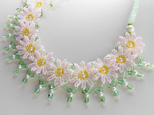 Daisy chain.  I like it.