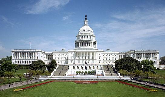 W czasie, kiedy ministrem obrony narodowej był Bogdan Klich, polski rząd płacił amerykańskiej firmie za lobbing w Kongresie USA - dowiedział się portal niezalezna.pl.