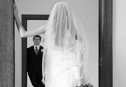 $1100 worth Wedding Photography and Videography vouchers to be won!     Click the orange bar on Video Story website to enter