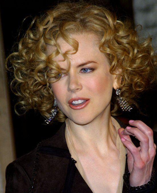 Pictures : 10 Celebrities with Naturally Curly Hair - Nicole Kidman Curly Hair