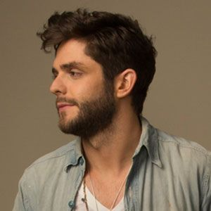 "EXCLUSIVE: Thomas Rhett does a Q&A with ETonline to talk about his new song ""Crash and Burn""!"
