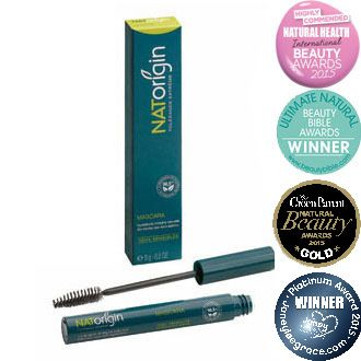 Hypoallergenic, paraben-free, natural and organic lengthening mascara for sensitive eyes