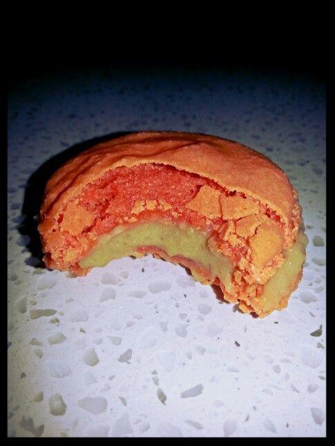 Macaron avec ganache à la fleur d'oranger et gingembre