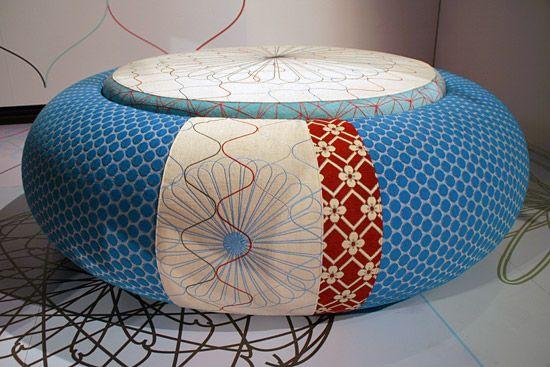 Design poef edward van vliet pouf mooie kleuren en dessins wat vindt iets fraais fraai what - Pouf eigentijds ontwerp ...