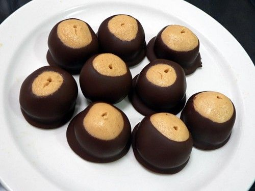 How to Make Buckeyes - from Cooklikeyourgrandmother.com