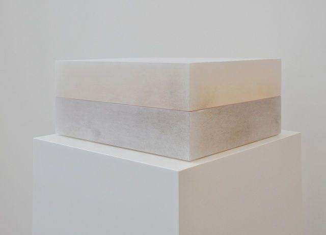 Ettore Spalletti, Scatola di Colore (1991), Color impasto on alabaster, 48 × 39 1/2 × 20 cm