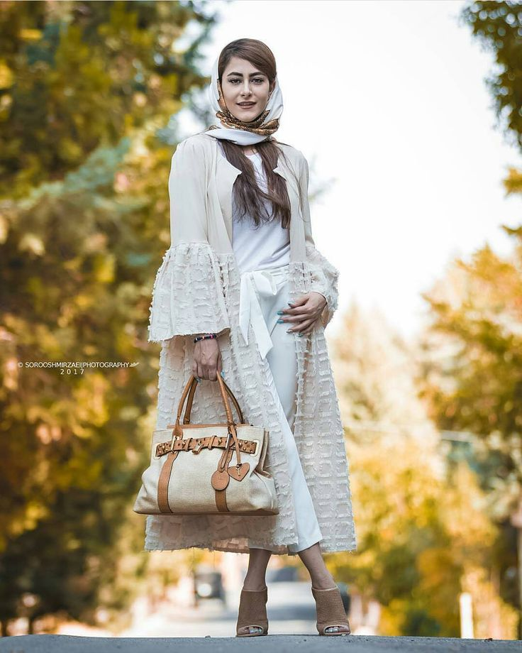 #1 #مد #فشن #مدل #لباس #زنونه #دخترونه #مانتو #مجلسی #dokhtaroone #zanoone #fashion #luxury #streetstyle #streetwear #dress #beauty #شال #روسری #استایل #girl #girls #پوشاک #خیاطی #manto #mezon #manteau #LTKiran #ManteauStage #مانتواستیج