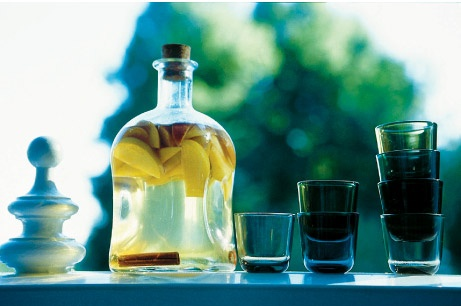 Omenalikööri | Maku 6_2006 itse tehty alkoholijuomat