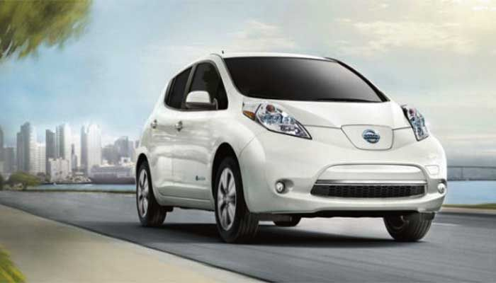 """The #Nissan Leaf is a Kelley Blue Book 2017 """"Best Electric Car under $40,000"""" Award-Winner. Click to learn  more!"""
