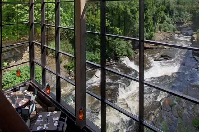 Only in your state: Ohio. Restaurants with jaw dropping views. #2. Beau's on the River (Cuyahoga Falls)