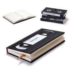 Cuaderno Retro Vídeo www.regalosparahombres.com/cuaderno-retro-video.html $15.00