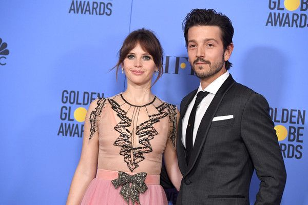 Actors Felicity Jones and Diego Luna pose in the press room during the 74th Annual Golden Globe Awards at The Beverly Hilton Hotel on January 8, 2017 in Beverly Hills, California.