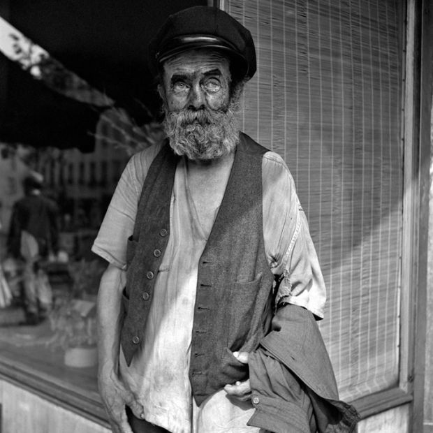 Lost pictures made by Vivian Maier (50's/60's)