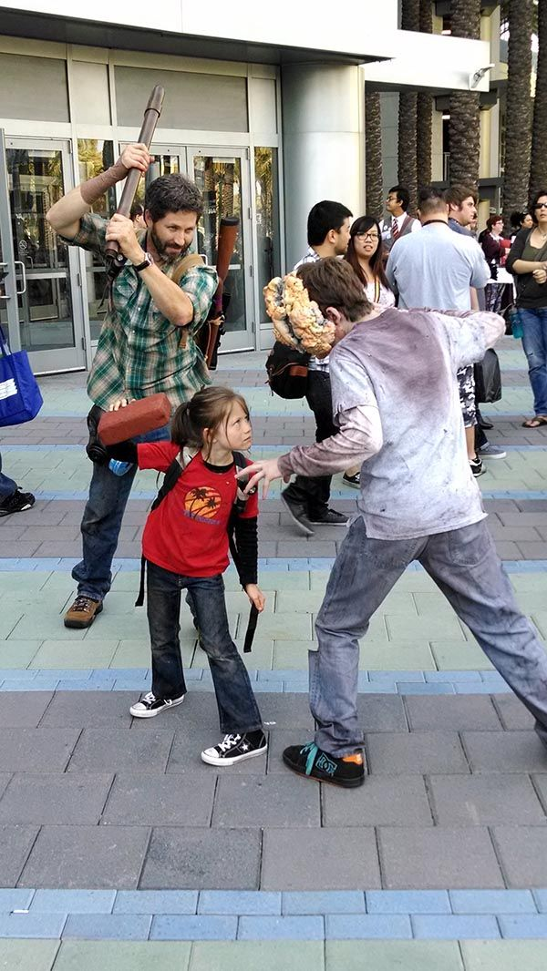 This Could Be The Cutest Last Of Us Cosplay Ever Read more at http://fashionablygeek.com/costumes/this-could-be-the-cutest-last-of-us-cosplay-ever/#rQ0Vj5VoEFTISy2A.99