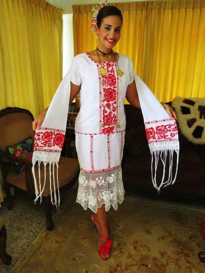 Vestidos estilizados panameño