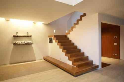 escalier moderne de design intéressant