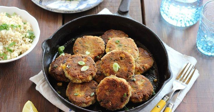 Vacsorára készítettem ezeket a pogácsákat, gyorsan elkészül, nagyon finom, könnyed és citrusos ízvilág jellemzi. Épp ma vett...
