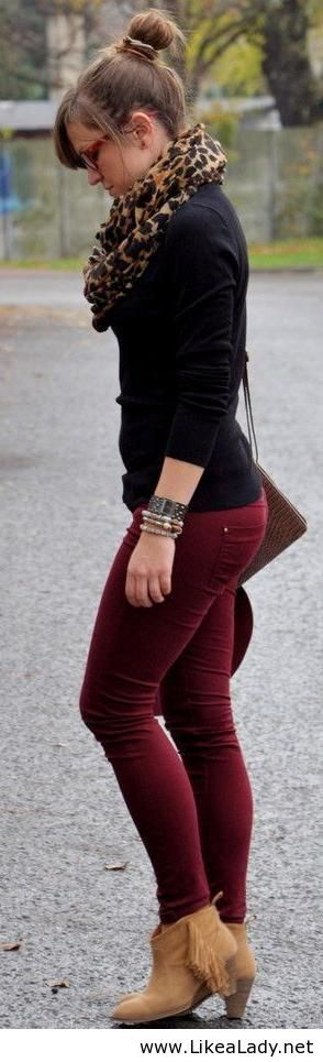 Burgundy and leopard print, great way to add color and patterns into a standard fall wardrobe.