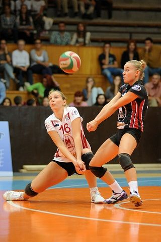 Team Volleyball Drills for Better Volleyball Practices