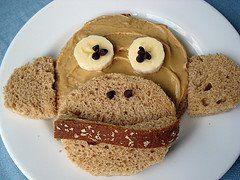 monkey say.  monkey do.  monkey eat.: Parties Sandwiches, Idea, Fun Food, Chocolates Chips, Funfood, Food Crafts, Monkey Breads, Peanut Butter, Kids Food